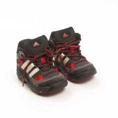 Čevlji št. 22