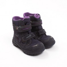 Čevlji št. 27