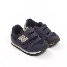 Čevlji št. 23.5