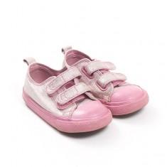 Čevlji št. 23